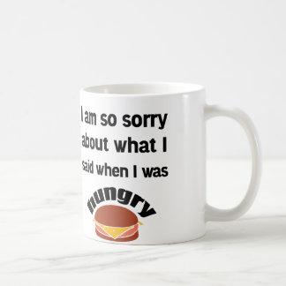 Charla hambrienta taza de café