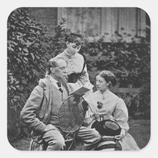 Charles Dickens con dos de sus hijas Calcomanía Cuadradase