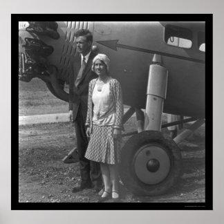Charles Lindbergh y esposa al lado del aeroplano 1 Impresiones