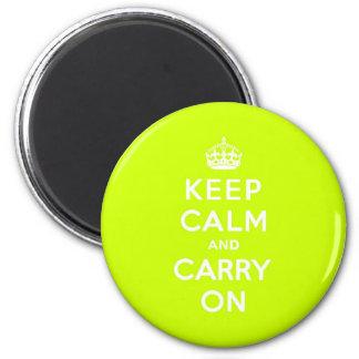 Chartreuse guarde la calma y continúe imán redondo 5 cm