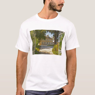 Chateau Cos Labory in Saint St Estephe, wrought T-Shirt