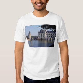 Chateau De Chenonceau, France T-shirts