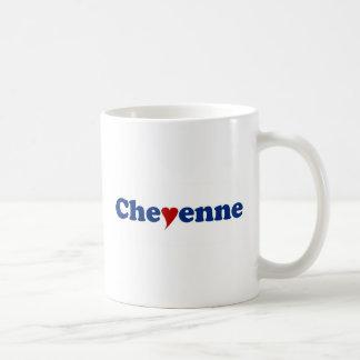 Chayenne con el corazón taza clásica