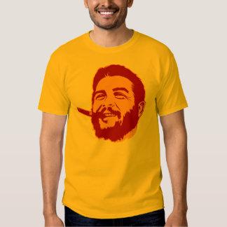 Che Guevara con la camiseta del retrato del Poleras