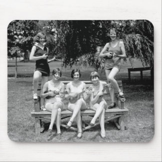 Check Out Those Ukuleles! - 1920s Mouse Pad