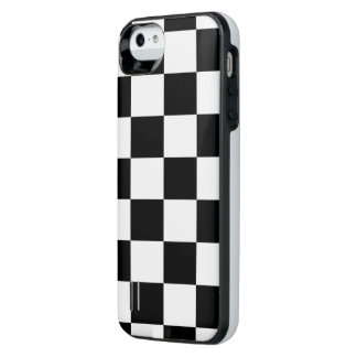 Checkered Black and White Uncommon Power Gallery™ iPhone 5 Battery Case