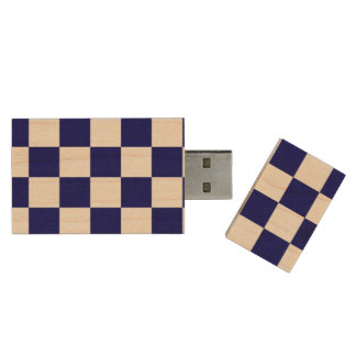 Checkered Navy and White Wood Flash Drive