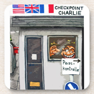 Checkpoint Charlie, Berlín, dibujo animado (ct) Posavaso
