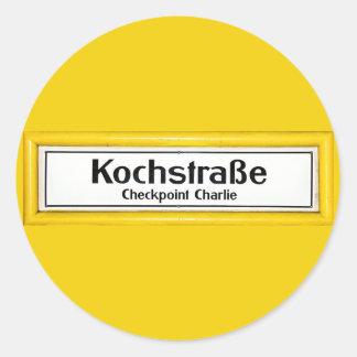 Checkpoint Charlie, Kochstrabe, frontera amarilla Pegatina Redonda