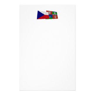 Checo y banderas que agitan de Usti nad Labem Papeleria Personalizada