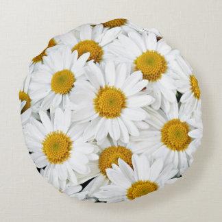 Cheerful daisies round pillow