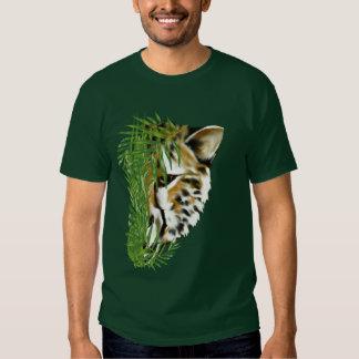 Cheeta y camiseta de la hierba remeras