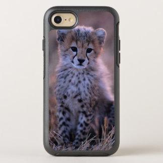 Cheetah Cub (Acinonyx Jubatus) On Savannah, Kenya OtterBox Symmetry iPhone 7 Case