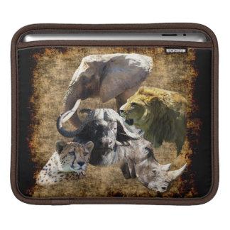 Cheetah, Lion, Elephant, Rhino, Buffalo, Africa Sleeve For iPads