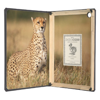Cheetah on small mound for better visibility cover for iPad air