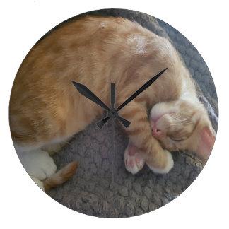 Cheeto DaCuteCat sound asleep wall clock
