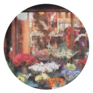 Chelsea Flower Shop Party Plates