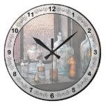 Chemist - Bottles Round Clocks