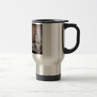 Chemist - The art of measurement Travel Mug