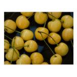 cherries_1 amarillo tarjetas postales