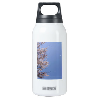 Cherry blossom blizzard (Hanafubuki) Insulated Water Bottle
