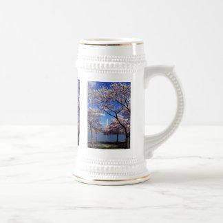 Cherry blossom in Washington DC 18 Oz Beer Stein