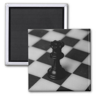 Chess queen magnets
