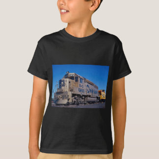 Chessie System/B&O, EMD GP-40 in EMD 50th annivers T-Shirt