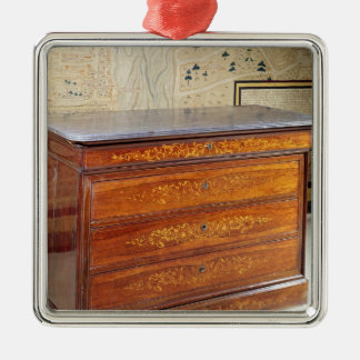 Chest of drawers, Louis-Philippe period Ornaments