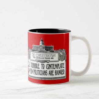 Chesterton en el colgante de los políticos taza de café de dos colores