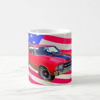 Chevrolet 1971 Chevelle SS y bandera americana Tazas De Café