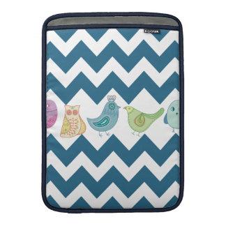 Chevron azul raya búhos lindos caprichosos de los  funda para macbook air