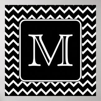 Chevron blanco y negro con el monograma de encargo póster