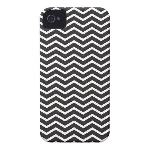 Chevron blanco y negro iPhone 4 Case-Mate protector