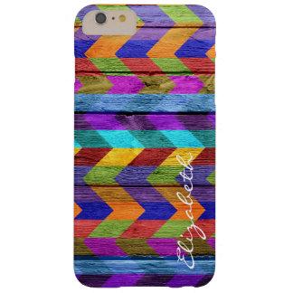 Chevron colorido de madera raya el monograma #11 funda de iPhone 6 plus barely there