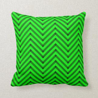 Chevron en verde cojín decorativo