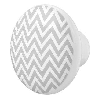Chevron gris pomo de cerámica
