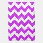 Chevron intrépido púrpura toallas de cocina