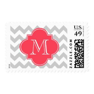 Chevron moderno gris y rojo con el monograma de sellos
