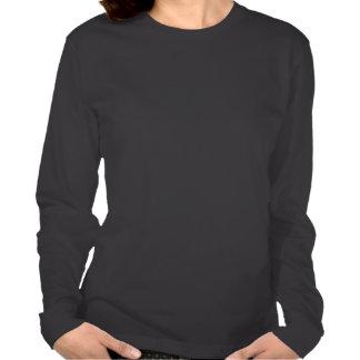 Chevron negro y blanco con la raya roja camisetas