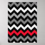 Chevron negro y blanco con la raya roja poster