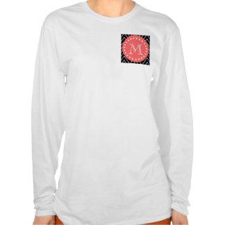 Chevron negro y coralino con el monograma de encar camiseta