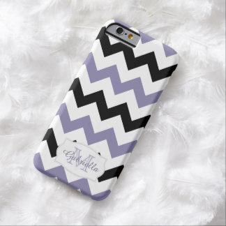 Chevron negro y púrpura personalizado: caso del funda para iPhone 6 barely there