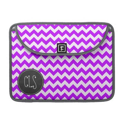Chevron púrpura eléctrico; zigzag; pizarra funda macbook pro