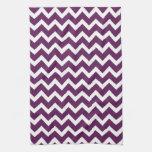 Chevron púrpura toallas de mano