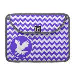 Chevron violeta azul; Eagle Fundas Para Macbooks