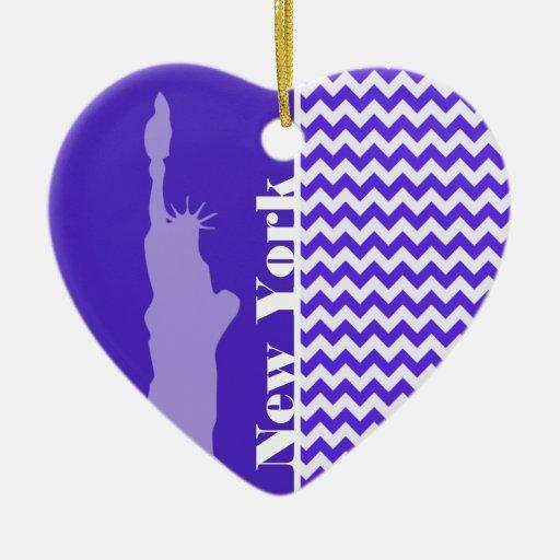 Chevron violeta azul; Nueva York Adorno Navideño De Cerámica En Forma De Corazón