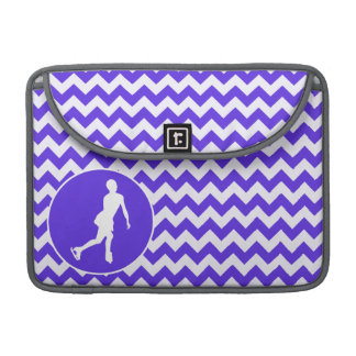 Chevron violeta azul; Patinaje artístico Funda Para Macbook Pro