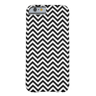 Chevron Zigzag Pattern Black and White Barely There iPhone 6 Case