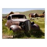 Chevy viejo abandonado tarjeta de felicitación